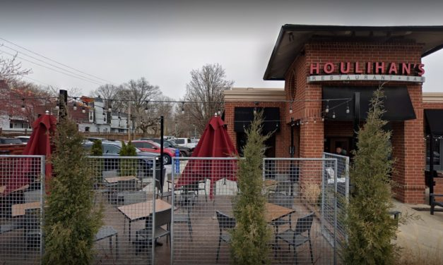 Insects in 11 liquor bottles, flying in basement; Houlihan's in Fairway hit with 8 state inspection violations