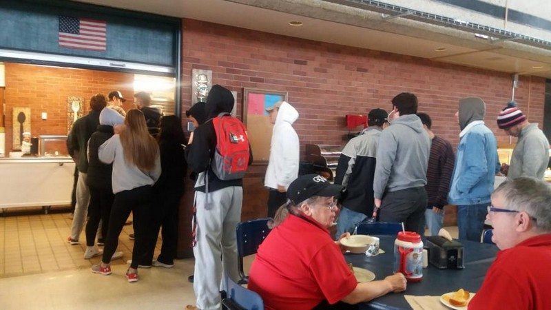 Allen Community College Dining Services fails inspection; Fresh rodent droppings in dry storage, 3 violations total