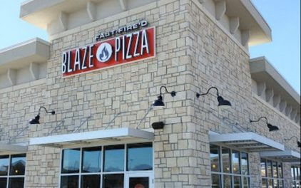 Olathe's Blaze Pizza hit again for flies, inspector says fly on cookie, 5-10 small winged insects flying around food prep sink